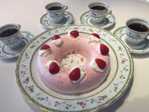 いちごのババロア 春のデザート かかや春日部 クッキングサロン 料理教室