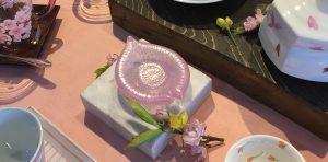 3月前半ディスプレイ3 桜の陶器 かかや春日部