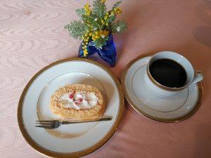 ティラミスクリームの苺ロールケーキ かかやクラブ 2020.2.26 かかやクッキングサロン 料理教室 春日部